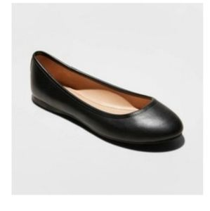 2/$15 everly black flats  NEw R & wide